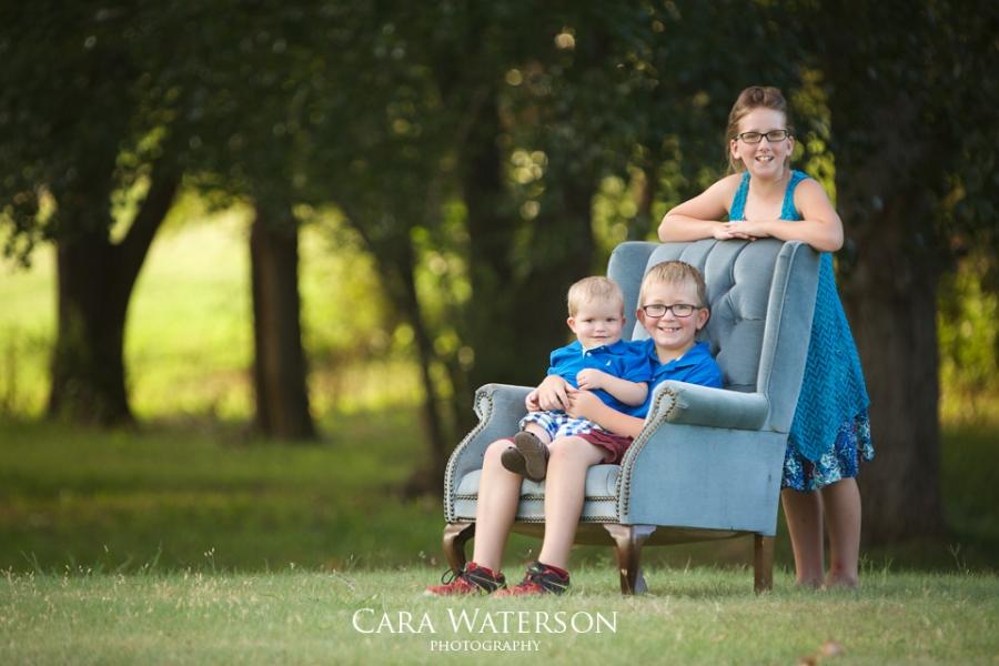 cousins in chair
